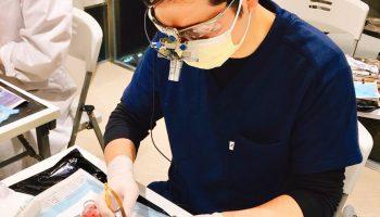 インプラント・歯周病治療の勉強会に参加しましたのアイキャッチ画像